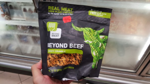 Um recentemente lançado pacote de proteína vegetal da Beyond Meat, cujo objetivo é imitar perfeitamente a carne bovina