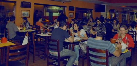 O Barão Natural, restaurante e pizzaria vegetariana com filiais no centro e em Pinheiros